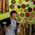 Amreican retiree with her store in Mexico