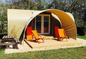 Luxury glamping facilities are provided for families visiting Devon