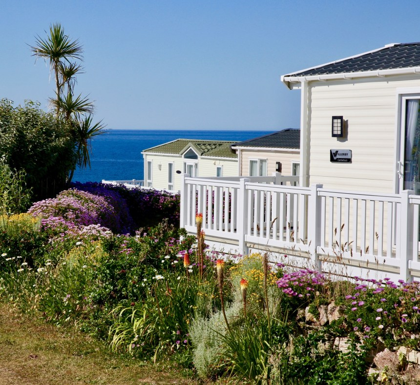 Guests at Mother Ivey's Bay enjoy ocean views and direct access to one of Cornwall's finest beaches