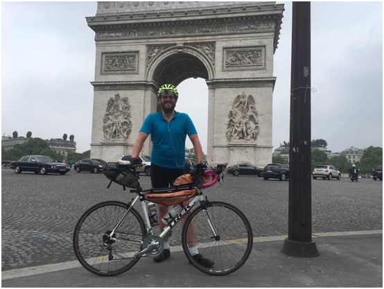 Nick Dodd at Arc de Triomphe