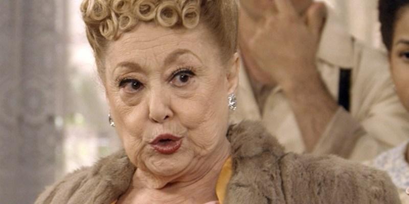 Suely Franco, aos 81 anos, luta com falência e é expulsa da própria casa