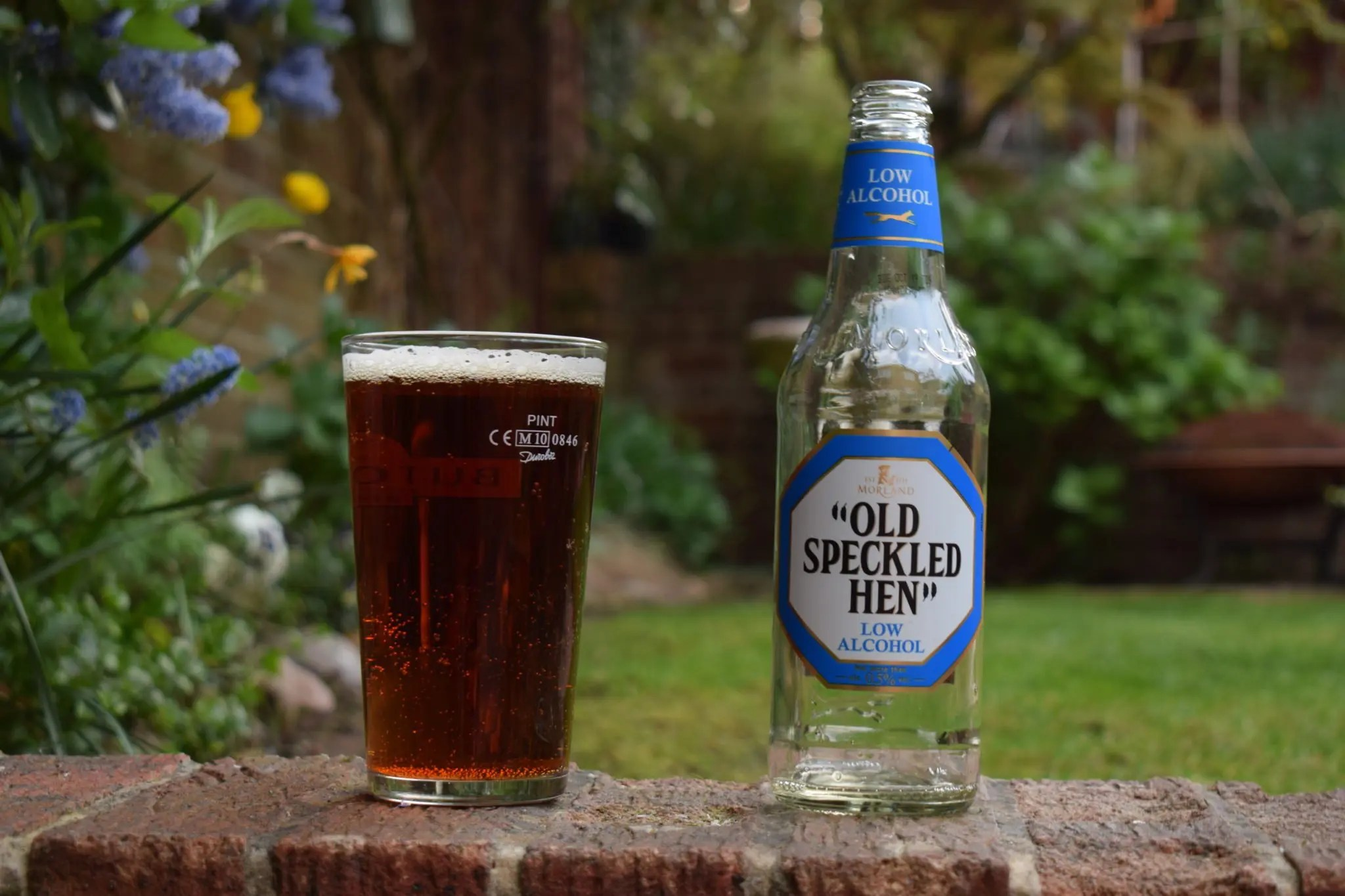 41058a23378 Old Speckled Hen Low Alcohol Review - Low-Alcohol (0.5%) Bitter