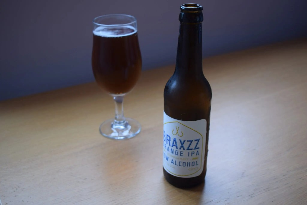 Braxzz Orange IPA glass and bottle