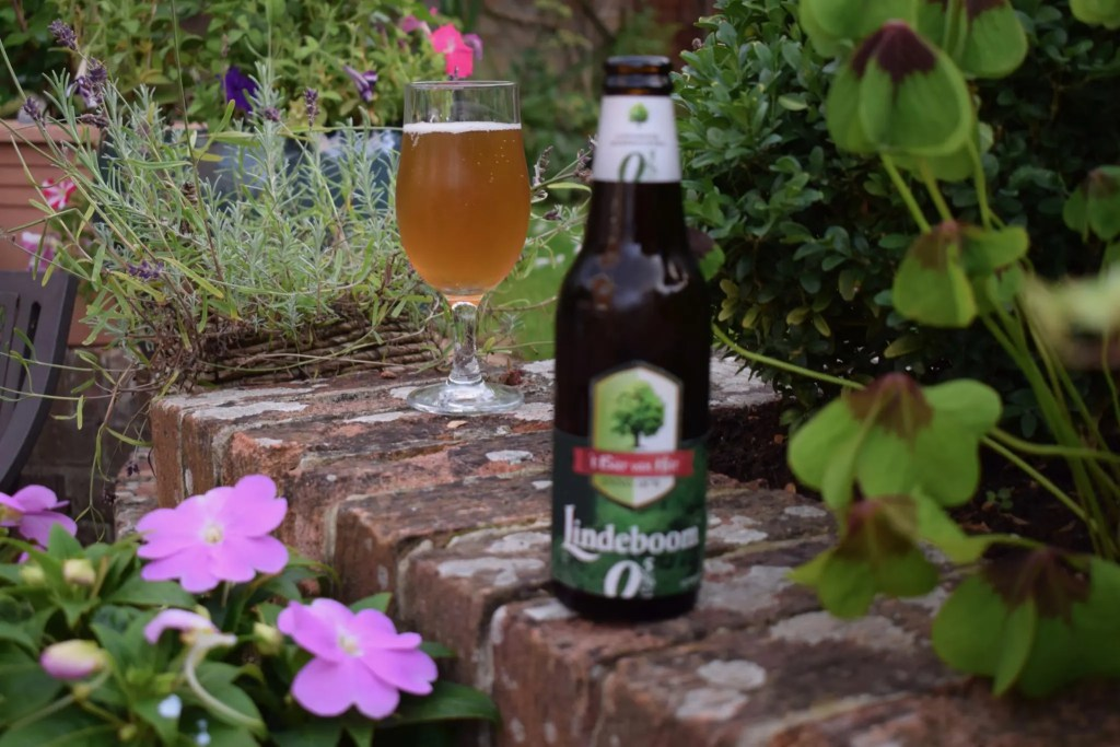 Lindeboom 0.5 bottle and glass alcohol free beer