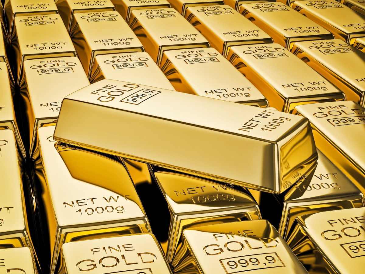 Teeka Tiwari: Now's the Time to Buy Gold Stocks