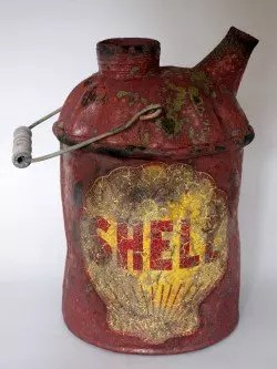 Beat-up Shell Oil Can
