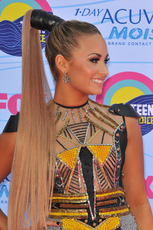 Demi Lovato Straight Honey Blonde Flat Ironed High