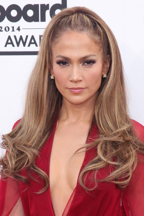 Jennifer Lopez Wavy Medium Brown All Over Highlights