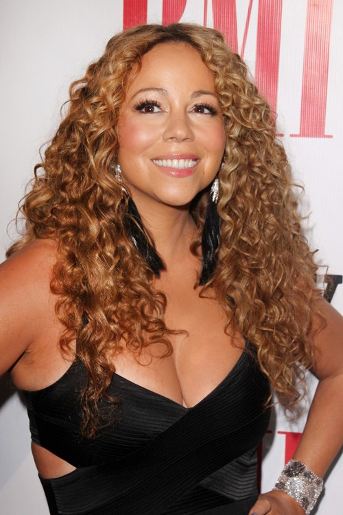 Mariah Careys Hairstyles Amp Hair Colors Steal Her Style