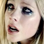 Avril Lavigne Makeup: Charcoal Eyeshadow, Silver Eyeshadow ...  Avril Lavigne