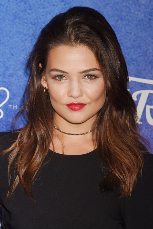 Danielle Campbells Hairstyles Amp Hair Colors Steal Her Style
