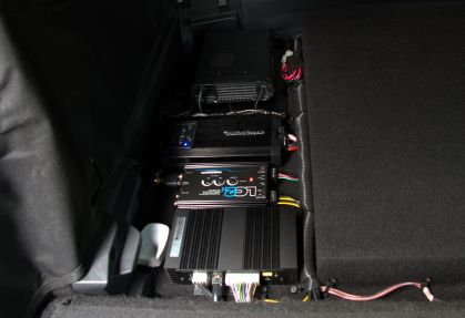 """The """"sound side"""" as seen from the front of the car..."""