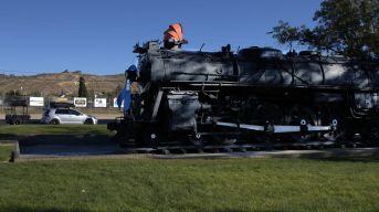 RoadTrip_20201111_Kingman-Locomotive-02-169-1920