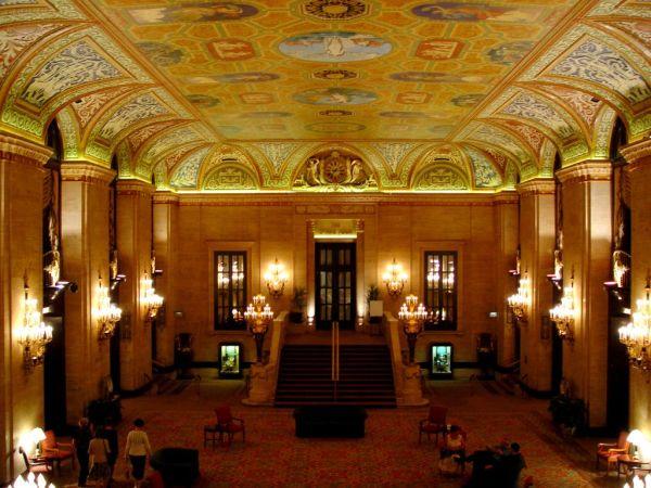 Palmer_House,_Chicago_interior
