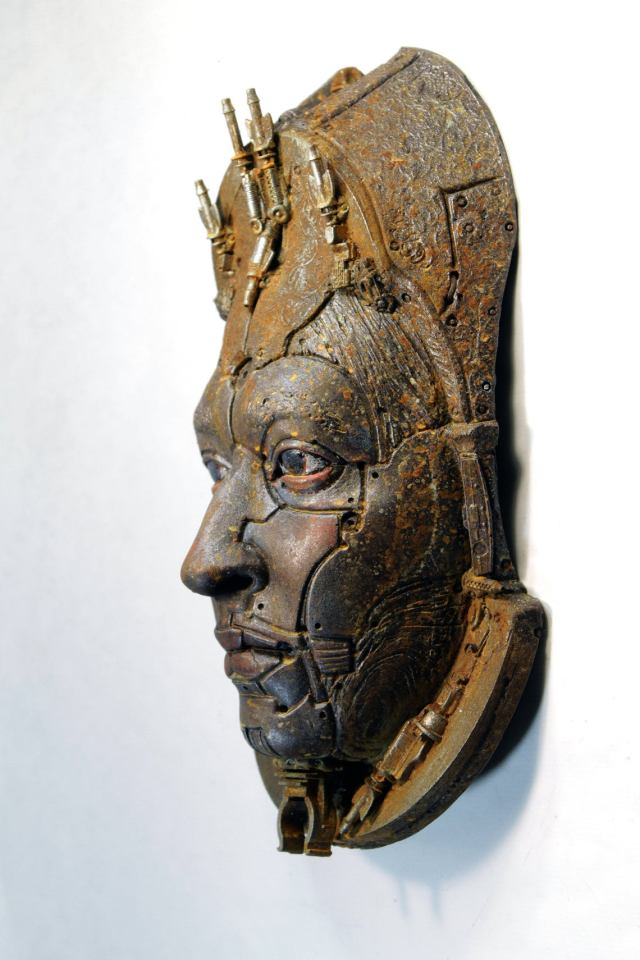 ALBERICH II. Rusted robot portrait wall art. Steampunk sculpture handmade by Tomàs Barceló. 4