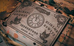 Steampunk Themed Ouija Board. 4
