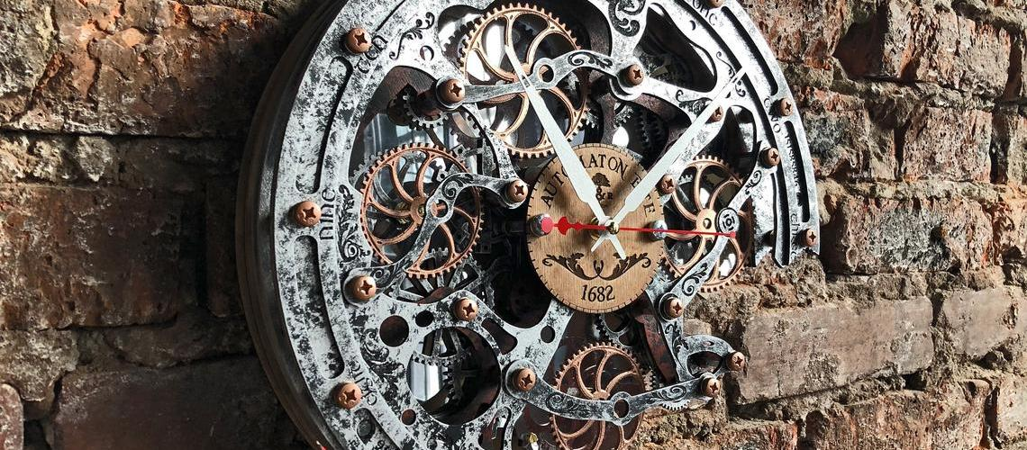 Rustic Steampunk Wall Clock, (with moving gears). Automaton Bite 1682 7