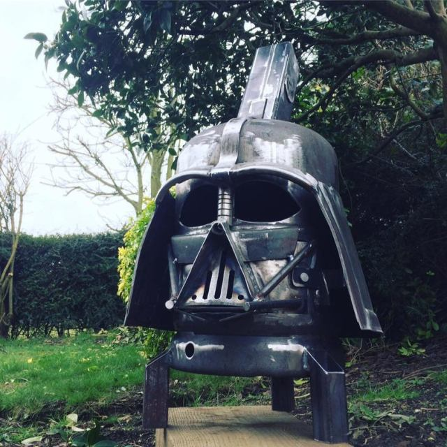 Darth Vader Wood Burner - Darth Vader Fire Pit - Star Wars Fire Pit - Darth Vader Helmet - Metal Art - Fire Pit - Wood Burner 2