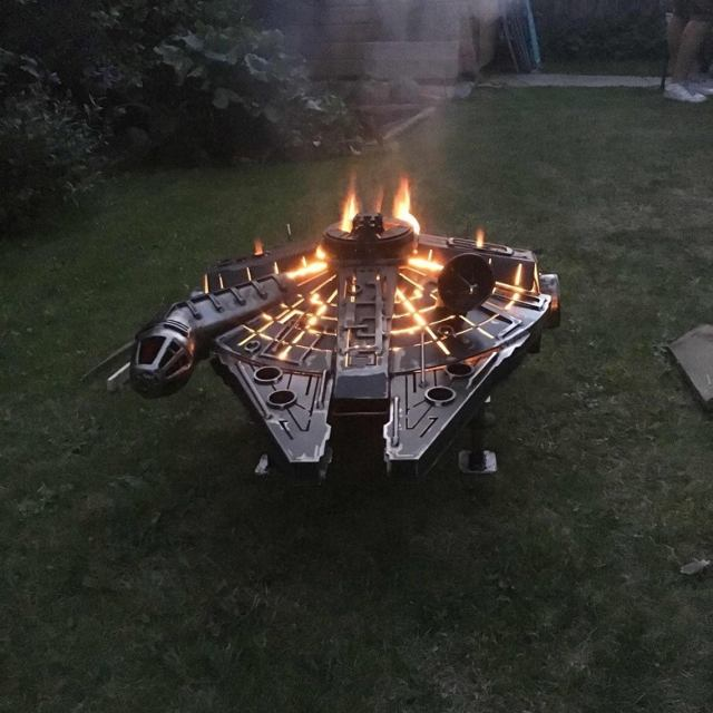 Star Wars - Metal Art - Millennium Falcon - Fire Pit - wood burner  7