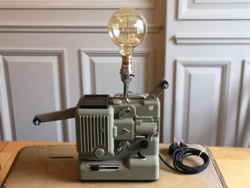 Upcycled-vintage-Eumig-P8-projector-lamp.-Unique-lamp.-Retro-1960s.-Man-cave-1