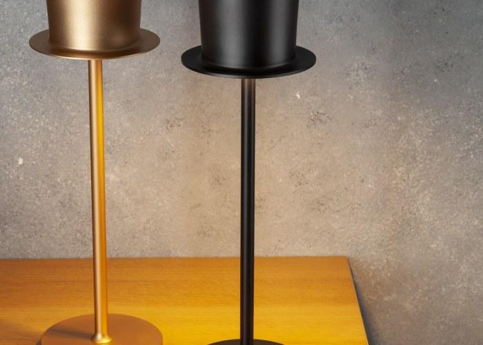 The Steampunk Top Hat Lamp by Steve Raffner.