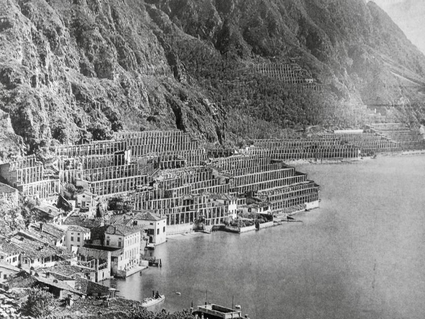 Gamle limonaie - citrondrivhuse - ved Gardasøen, Italien.