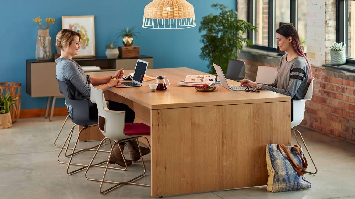 Setting Standing Desk