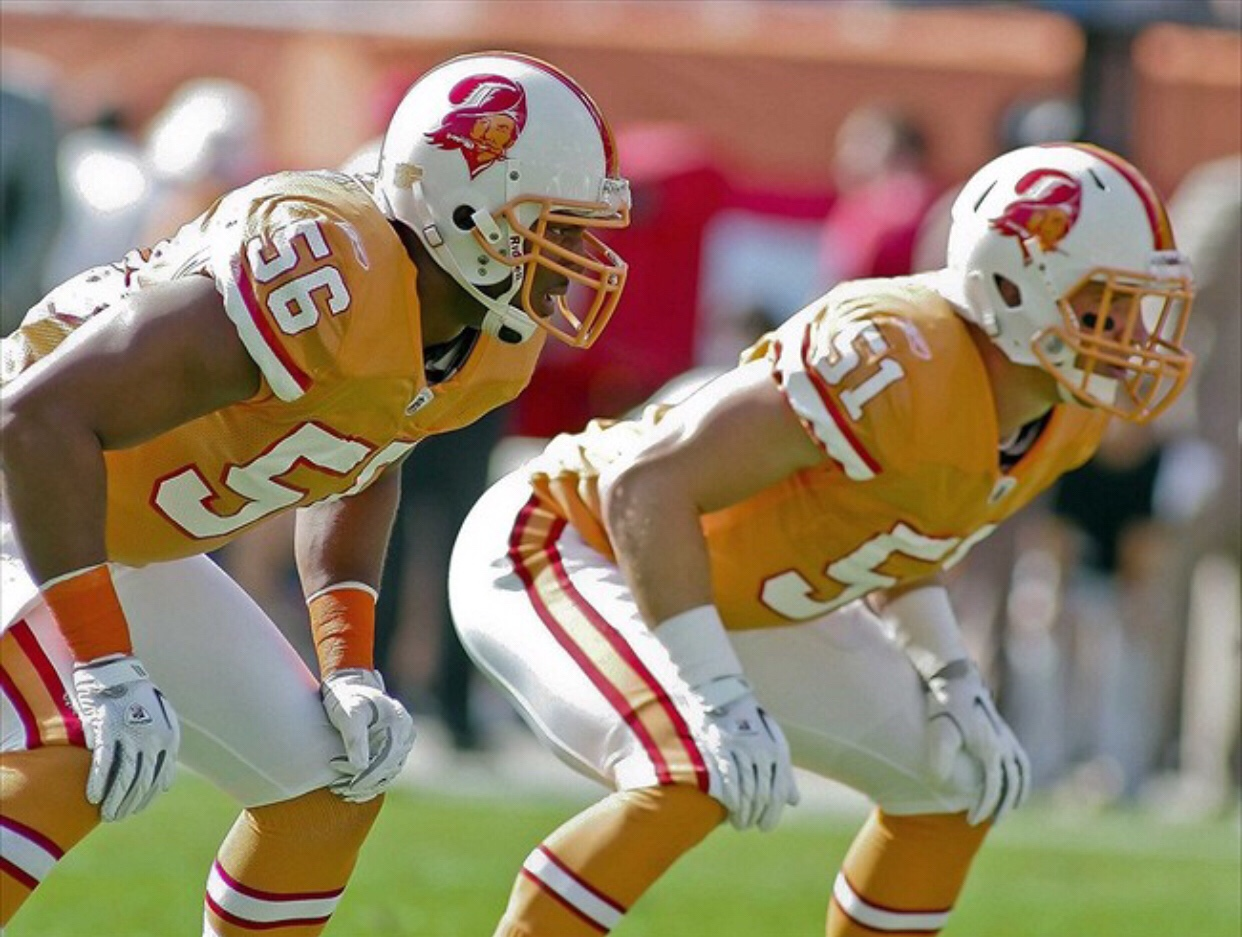 another chance 1f6e1 1438b Top ten NFL uniforms of all time 2.0