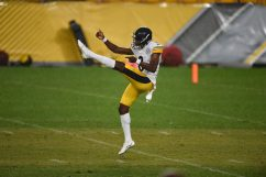 Pittsburgh Steelers punter Corliss Waitman (8) trains at Heinz Field during the Steelers 2020 Training Camp, Friday, Aug. 28, 2020 in Pittsburgh, PA. (Caitlyn Epes / Pittsburgh Steelers)