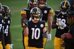 Pittsburgh Steelers wide receiver Ryan Switzer (10) trains at Heinz Field during the Steelers 2020 Training Camp, Monday, Aug. 22, 2022 in Pittsburgh, PA. (Caitlyn Epes / Pittsburgh Steelers)