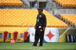 Pittsburgh Steelers Head Coach Mike Tomlin trains at Heinz Field during the Steelers 2020 Training Camp, Monday, Aug. 31, 2020 in Pittsburgh, PA. (Karl Roser / Pittsburgh Steelers)