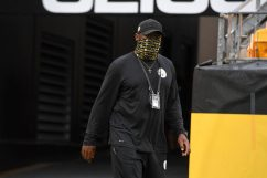 Pittsburgh Steelers Head Coach Mike Tomlin trains at Heinz Field during the Steelers 2020 Training Camp, Friday, Aug. 28, 2020 in Pittsburgh, PA. (Karl Roser / Pittsburgh Steelers)