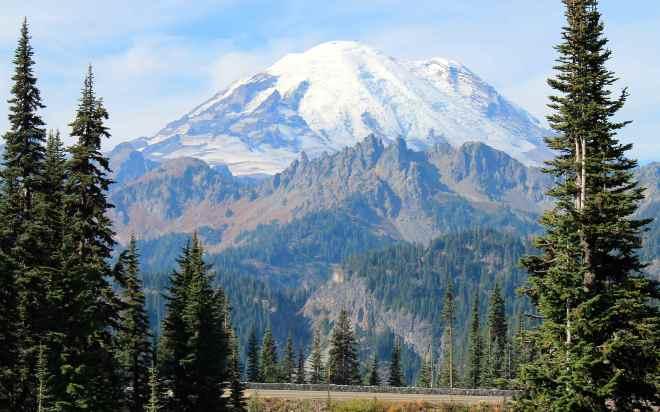 Mt Rainier from Chinook Pass