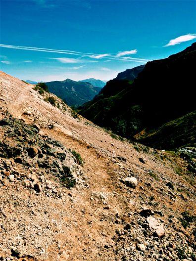 Just follow the trail, eyes ahead.