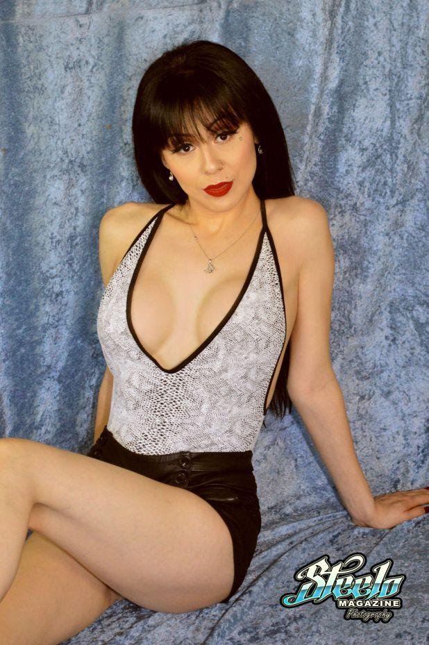 darlene-1st-photo-shoot-77