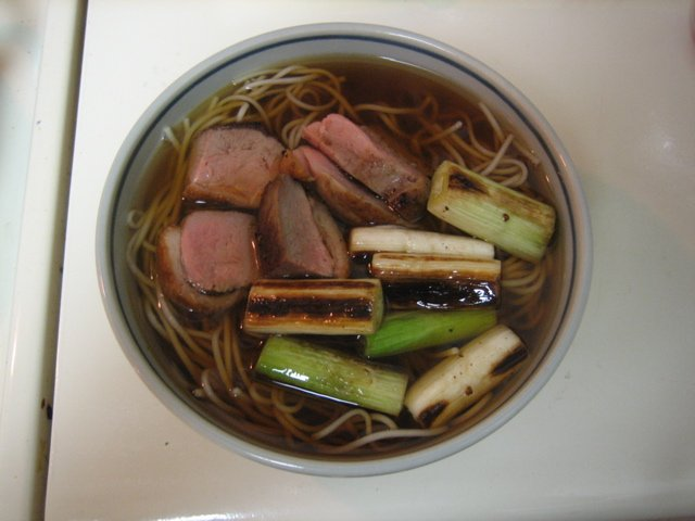 Duck_soba_by_naotakem.jpg