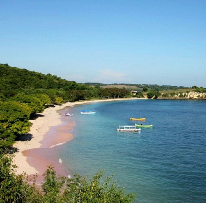 Tourist Attractions That Will Make You Tempted With Its Beauty Senggigi Beach Lombok Indonesia Steemit