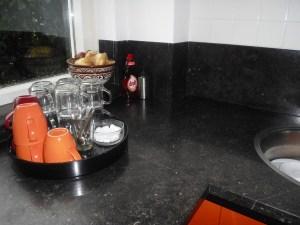 Keukenblad vanhttp://steenwerk.nl/?page_id=46 belgisch hardsteen donker gezoet.