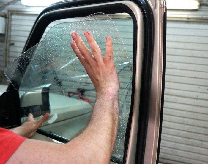 Бронированное автомобильное стекло