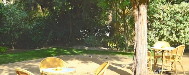 Known for their encouragement of play, The Parker's grounds have various games scattered throughout, including a Pétanque court with an adult lemonade stand nearby, of course!