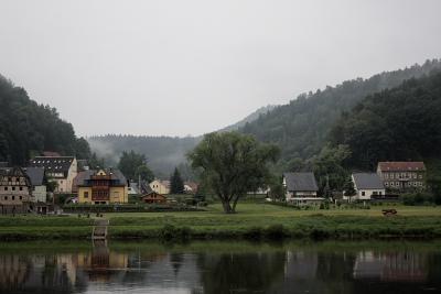 Dorfidyll an der Elbe ... Klick vergrößert.
