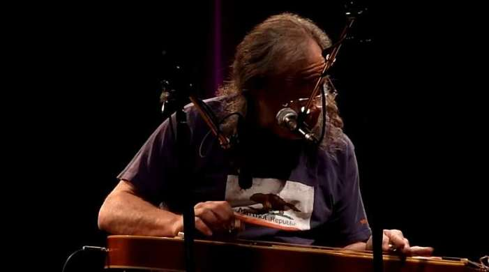 David Lindley – The Indifference Of Heaven