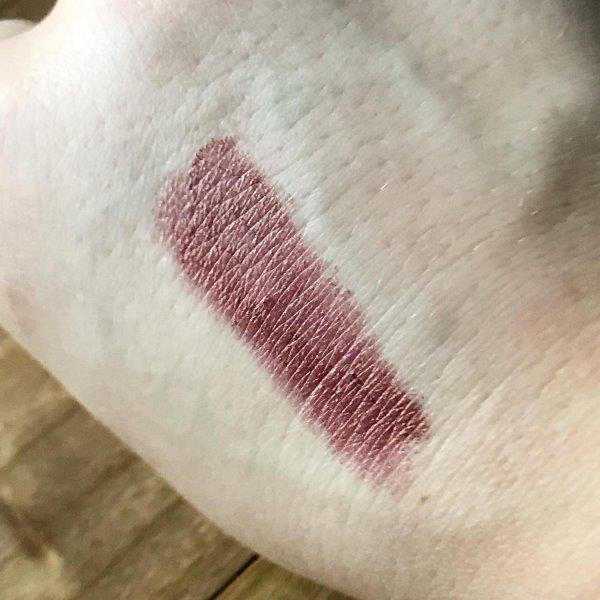 "swatch of Mac ""O"" lipstick"