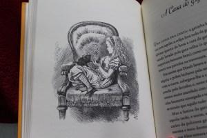 Alice no país do Espelho e Alice no País das maravilhas