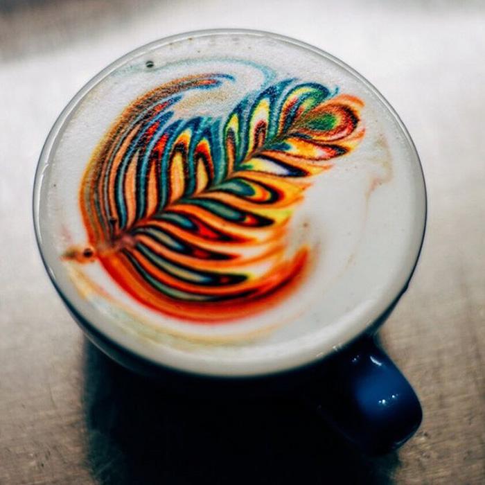barista cria bebidas a base de cafe coloridas obras de artes em cafe2