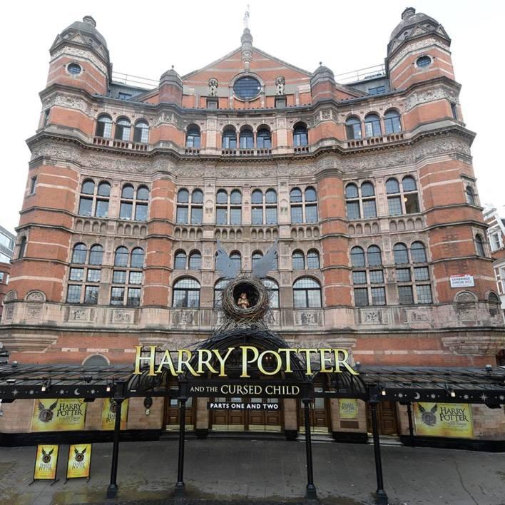 Fachada de onde a peça será exibida. Foto divulgação oficial Harry Potter and the cursed child play