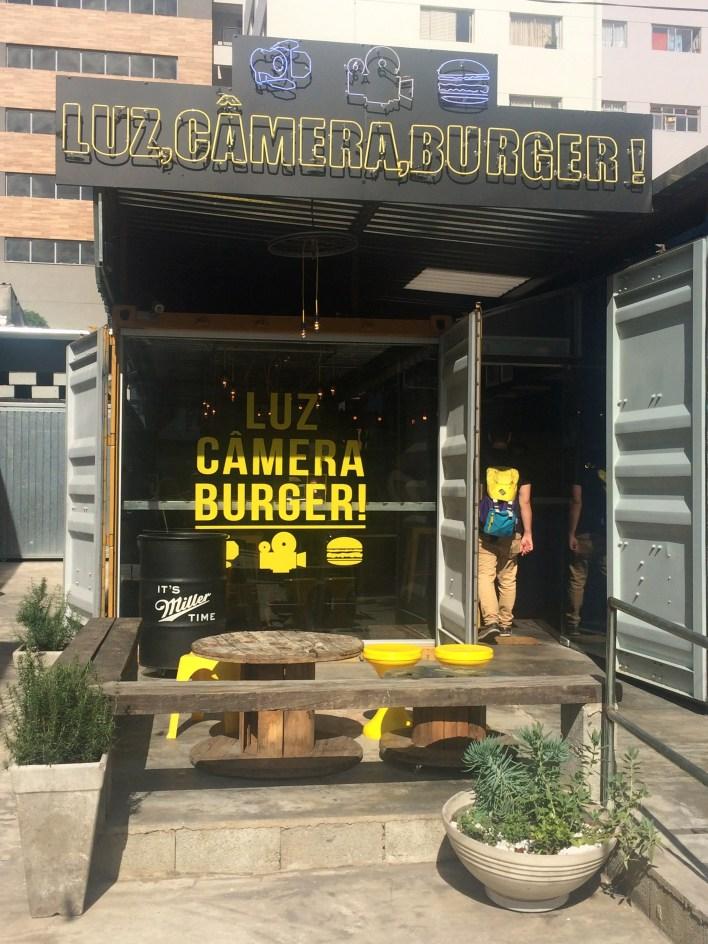 luz camera burger hamburgueria em sao paulo1
