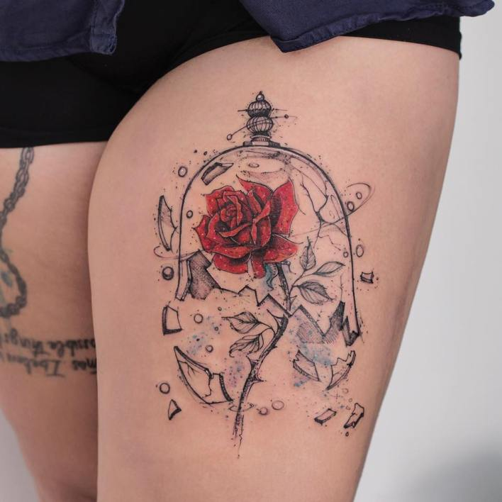 Tatuagem da rosa da bela e a fera com a redoma quebra beuaty and the beast rose tattoo