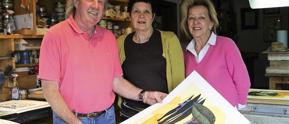 """Wir freuen uns, Ihnen die 17. Afra-Benefiz-Lithographie """"Porto San Nicolo"""" der Tiroler Künstlerin Veronika Gerber zu präsentieren. Foto: Clemens Stecher"""