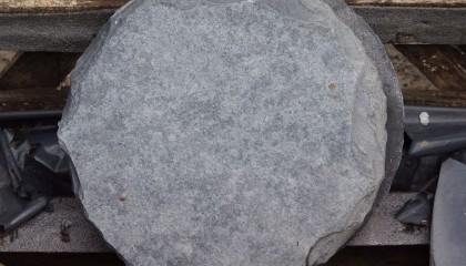 Trittsteine – schwarz rund